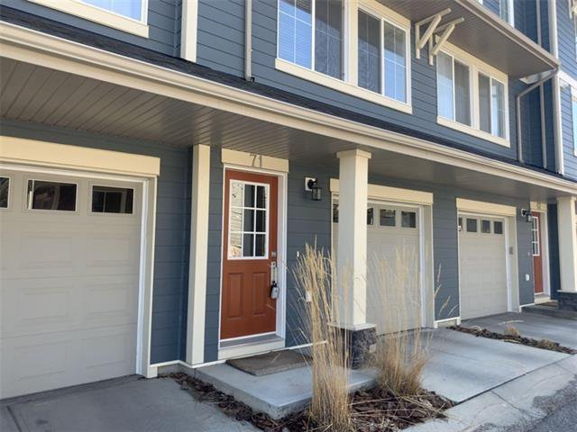 Main Photo: 71 EVANSVIEW Gardens NW in Calgary: Evanston Row/Townhouse for sale : MLS®# A1016799