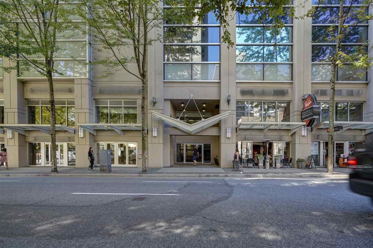 """Main Photo: 1305 938 SMITHE Street in Vancouver: Downtown VW Condo for sale in """"ELECTRIC AVENUE"""" (Vancouver West)  : MLS®# R2491413"""