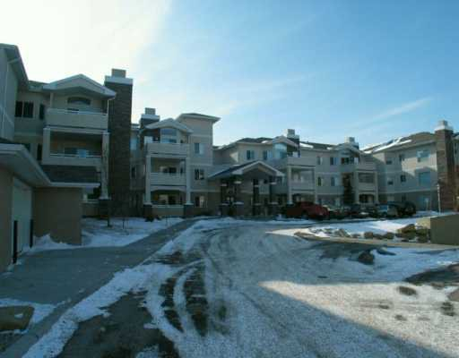 Main Photo:  in CALGARY: Country Hills Condo for sale (Calgary)  : MLS®# C3116809