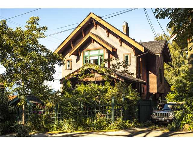 Main Photo: 2524 ALBERTA ST in Vancouver: Mount Pleasant VW House for sale (Vancouver West)  : MLS®# V1018034