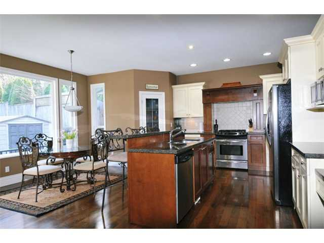 """Photo 6: Photos: 10658 244TH Street in Maple Ridge: Albion House for sale in """"MAPLE CREST"""" : MLS®# V1053982"""