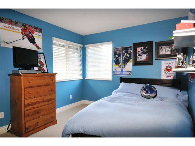 """Photo 14: Photos: 10658 244TH Street in Maple Ridge: Albion House for sale in """"MAPLE CREST"""" : MLS®# V1053982"""