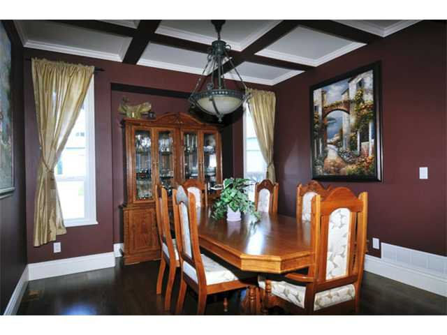 """Photo 3: Photos: 10658 244TH Street in Maple Ridge: Albion House for sale in """"MAPLE CREST"""" : MLS®# V1053982"""