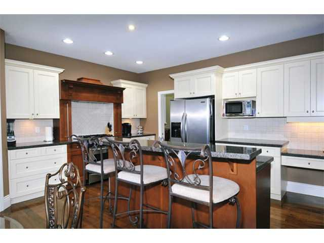 """Photo 7: Photos: 10658 244TH Street in Maple Ridge: Albion House for sale in """"MAPLE CREST"""" : MLS®# V1053982"""