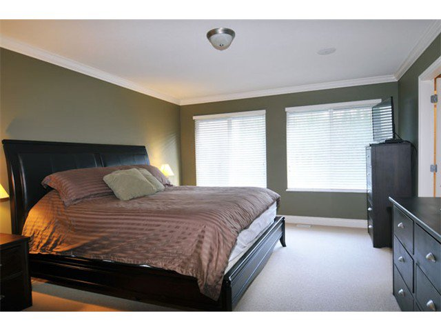 """Photo 11: Photos: 10658 244TH Street in Maple Ridge: Albion House for sale in """"MAPLE CREST"""" : MLS®# V1053982"""