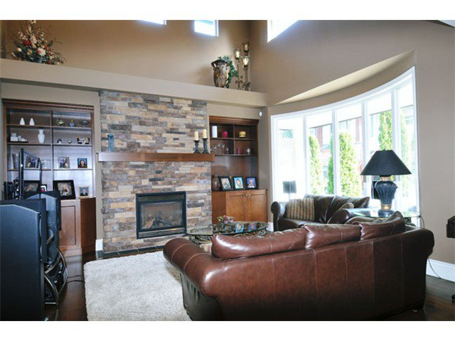 """Photo 4: Photos: 10658 244TH Street in Maple Ridge: Albion House for sale in """"MAPLE CREST"""" : MLS®# V1053982"""