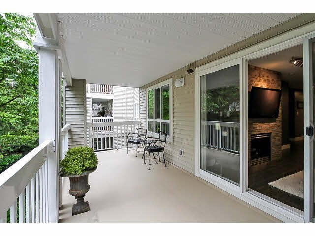 "Photo 17: Photos: 217 22022 49TH Avenue in Langley: Murrayville Condo for sale in ""MURRAY GREEN"" : MLS®# F1415489"