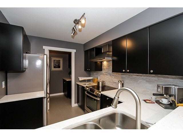 "Photo 3: Photos: 217 22022 49TH Avenue in Langley: Murrayville Condo for sale in ""MURRAY GREEN"" : MLS®# F1415489"