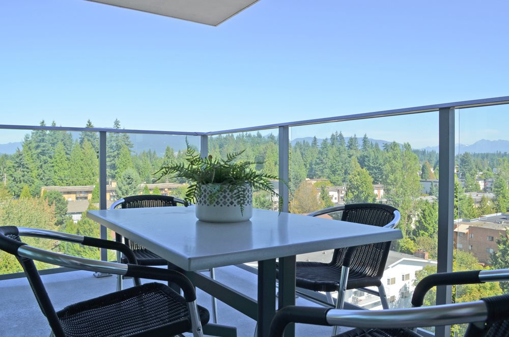 "Photo 13: Photos: 1707 958 RIDGEWAY Avenue in Coquitlam: Central Coquitlam Condo for sale in ""THE AUSTIN"" : MLS®# R2042733"