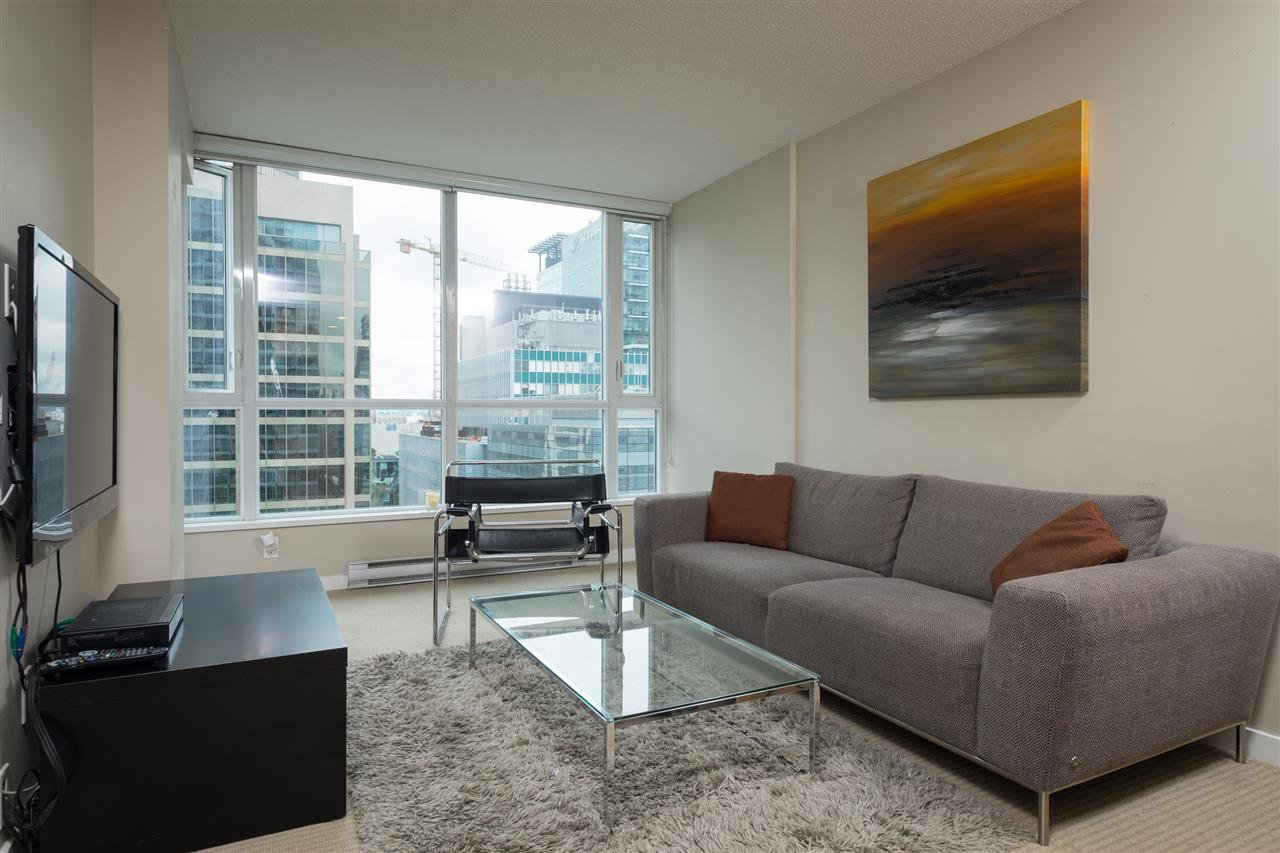 "Main Photo: 1402 833 SEYMOUR Street in Vancouver: Downtown VW Condo for sale in ""The Capitol Residences"" (Vancouver West)  : MLS®# R2104625"