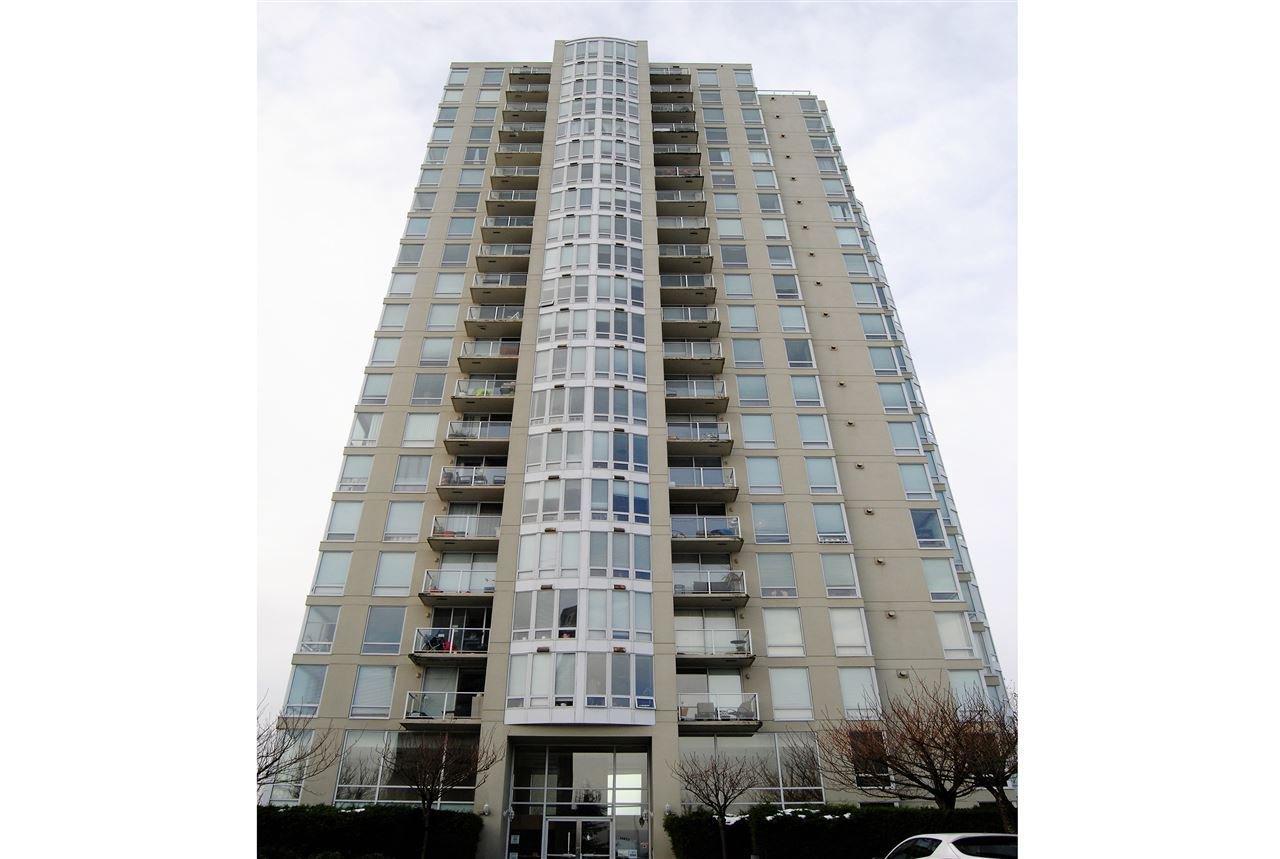 """Main Photo: 304 14820 104 Avenue in Surrey: Guildford Condo for sale in """"CAMELOT"""" (North Surrey)  : MLS®# R2155221"""