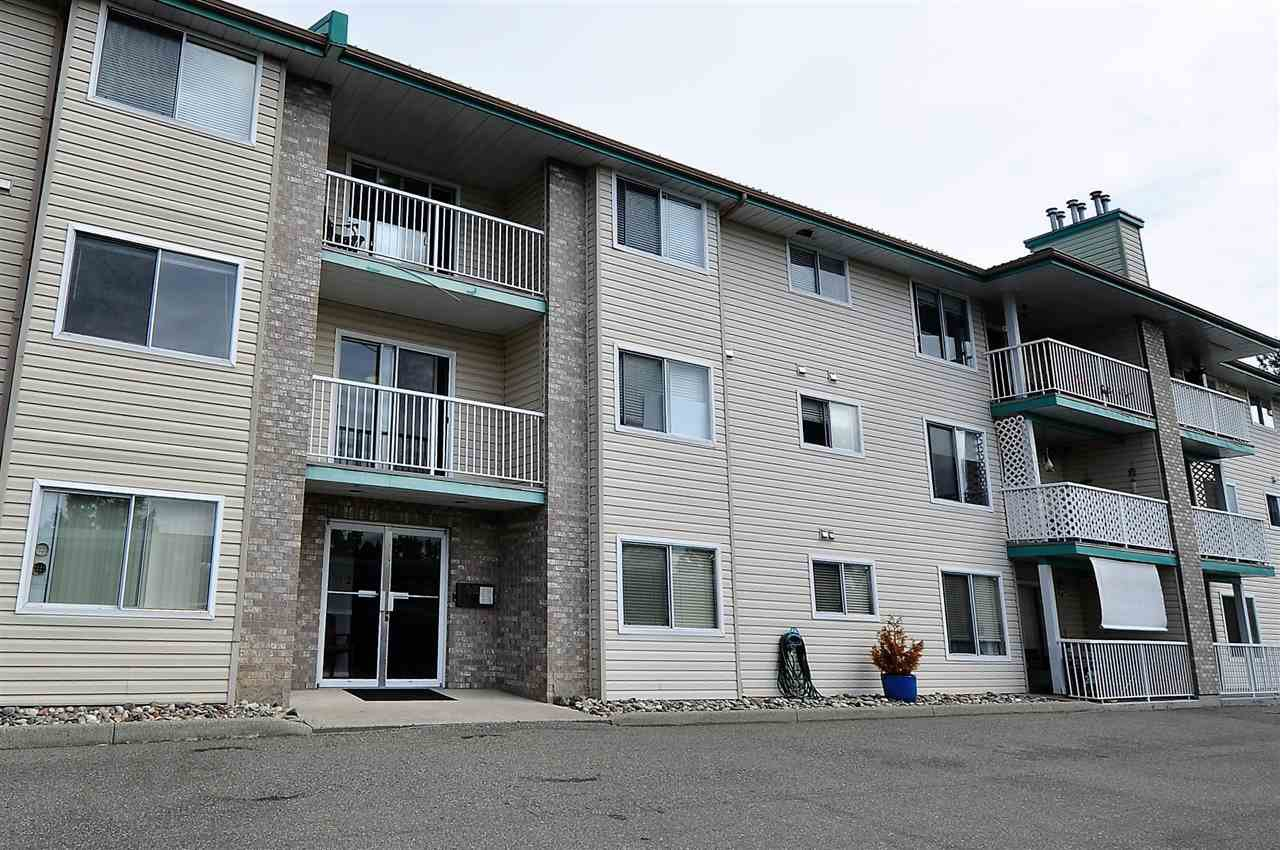 """Main Photo: 205 7265 HAIG Street in Mission: Mission BC Condo for sale in """"Ridgeview Place"""" : MLS®# R2213620"""