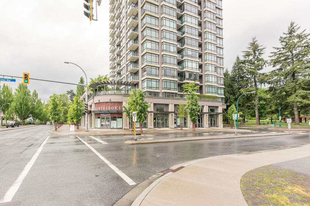 "Main Photo: 1806 2789 SHAUGHNESSY Street in Port Coquitlam: Central Pt Coquitlam Condo for sale in ""THE SHAUGHNESSY"" : MLS®# R2239415"