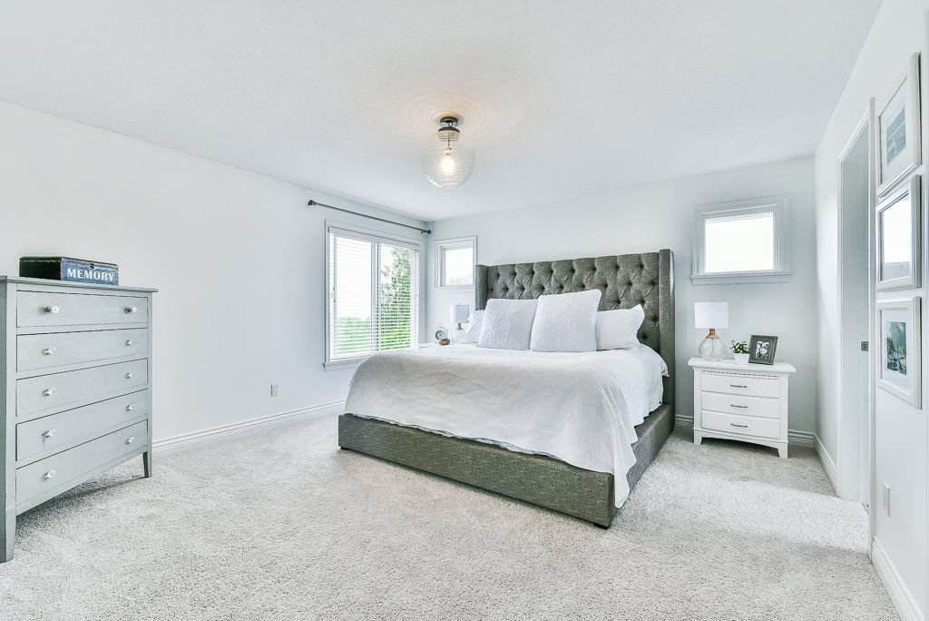 """Photo 16: Photos: 35725 LEDGEVIEW Drive in Abbotsford: Abbotsford East House for sale in """"LEDGEVIEW ESTATES"""" : MLS®# R2285057"""