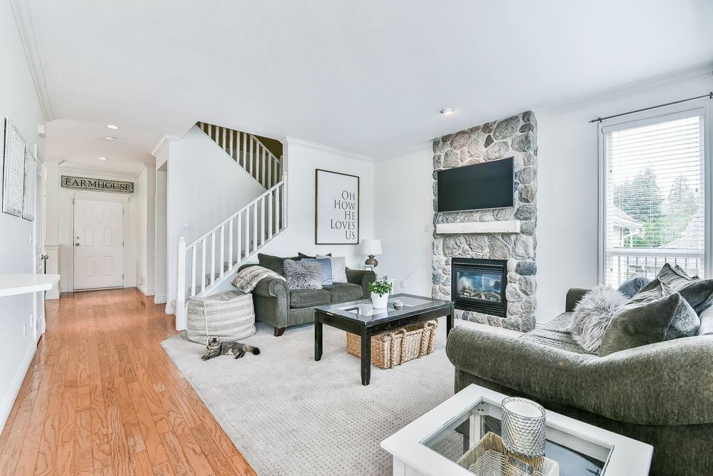 """Photo 9: Photos: 35725 LEDGEVIEW Drive in Abbotsford: Abbotsford East House for sale in """"LEDGEVIEW ESTATES"""" : MLS®# R2285057"""