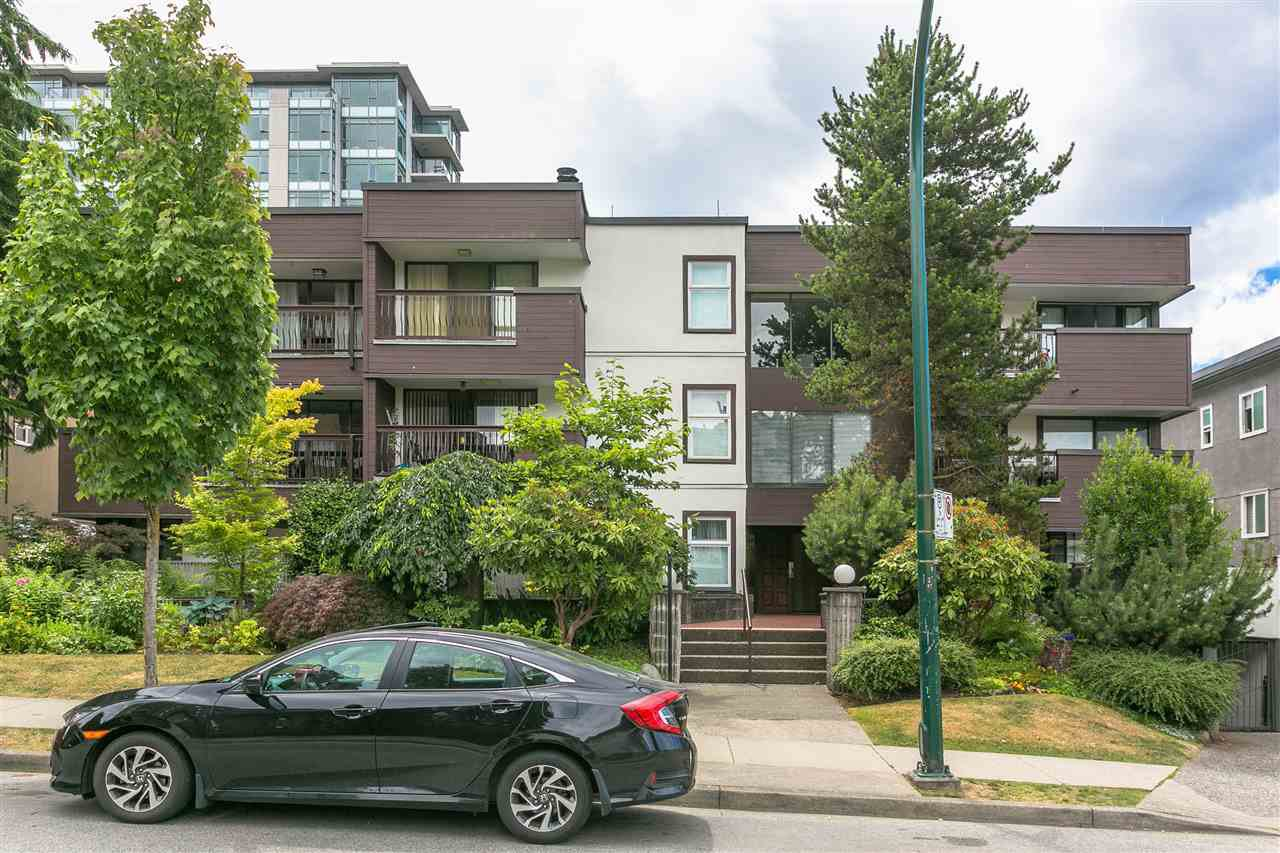 "Main Photo: 203 1352 W 10 Avenue in Vancouver: Fairview VW Condo for sale in ""Tell Manor"" (Vancouver West)  : MLS®# R2287958"