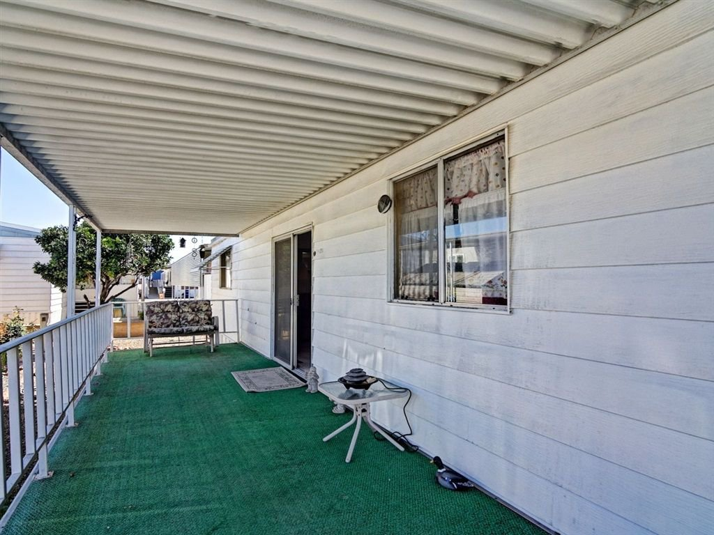 Main Photo: CHULA VISTA Manufactured Home for sale : 2 bedrooms : 445 ORANGE AVENUE #76