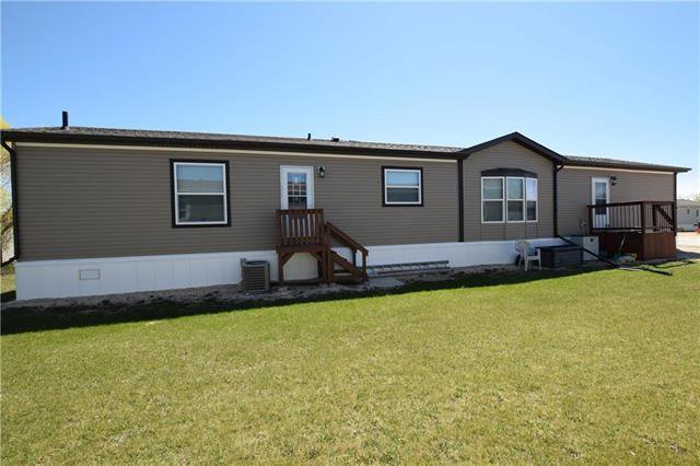 Main Photo: 38 TIMBER Lane in St Clements: Pineridge Trailer Park Residential for sale (R02)  : MLS®# 1912545