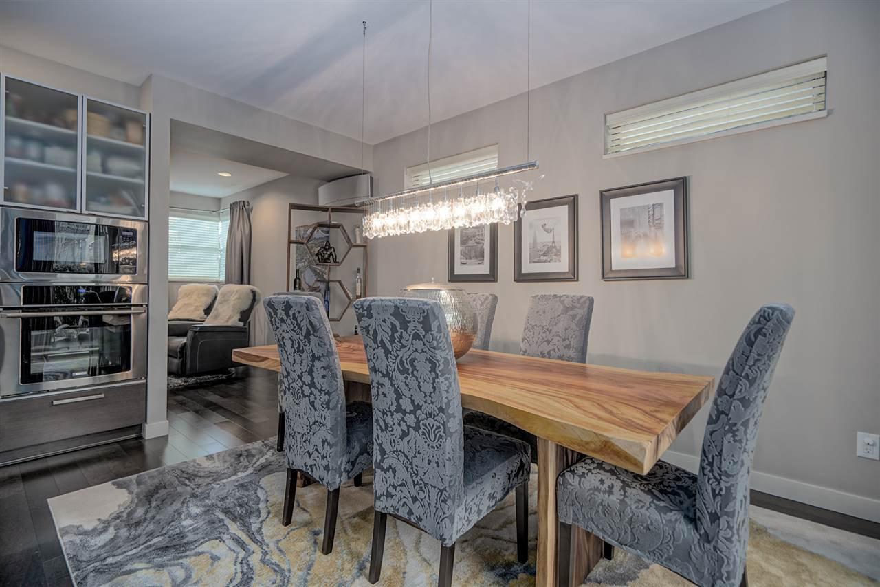 "Photo 5: Photos: 47 2603 162 Street in Surrey: Grandview Surrey Townhouse for sale in ""Vinterra"" (South Surrey White Rock)  : MLS®# R2432189"