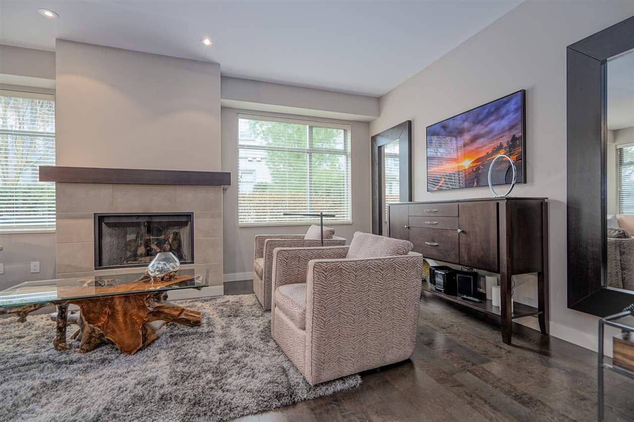"Photo 2: Photos: 47 2603 162 Street in Surrey: Grandview Surrey Townhouse for sale in ""Vinterra"" (South Surrey White Rock)  : MLS®# R2432189"