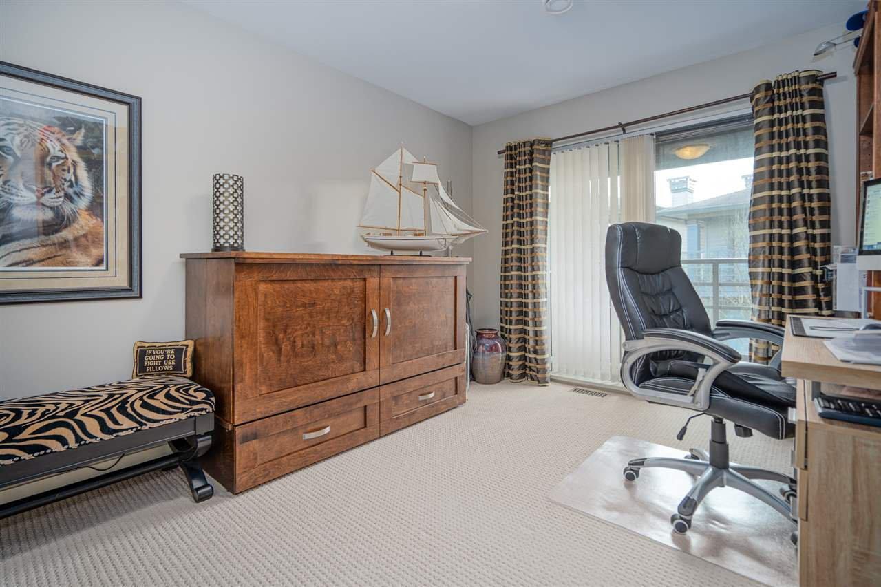 "Photo 13: Photos: 47 2603 162 Street in Surrey: Grandview Surrey Townhouse for sale in ""Vinterra"" (South Surrey White Rock)  : MLS®# R2432189"