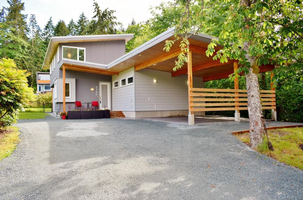 Main Photo: 2190 Cowichan Bay Rd in : Du Cowichan Bay House for sale (Duncan)  : MLS®# 851613