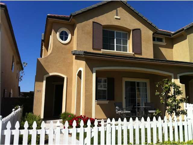 Main Photo: CHULA VISTA Condo for sale : 3 bedrooms : 1973 Mount Bullion Dr