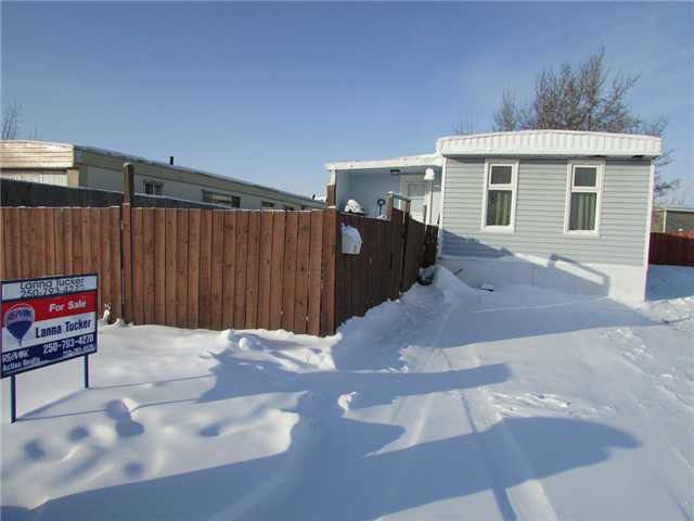 "Main Photo: 11 8420 ALASKA Road in Fort St. John: Fort St. John - City SE Manufactured Home for sale in ""PEACE COUNTRY MOBILE HOME PARK"" (Fort St. John (Zone 60))  : MLS®# N232167"
