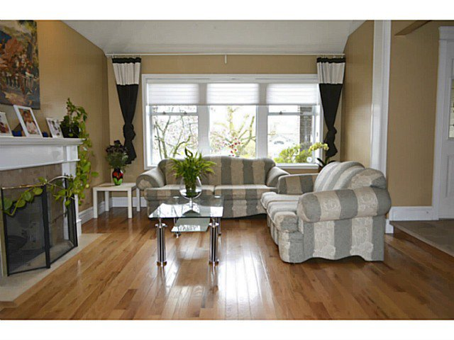 """Main Photo: 14233 86TH Street in Surrey: Bear Creek Green Timbers House for sale in """"BROOKSIDE"""" : MLS®# F1407398"""