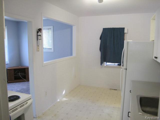 Photo 6: Photos:  in WINNIPEG: East Kildonan Residential for sale (North East Winnipeg)  : MLS®# 1502058