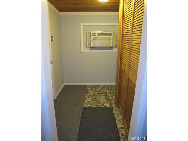 Photo 14: Photos:  in WINNIPEG: East Kildonan Residential for sale (North East Winnipeg)  : MLS®# 1502058