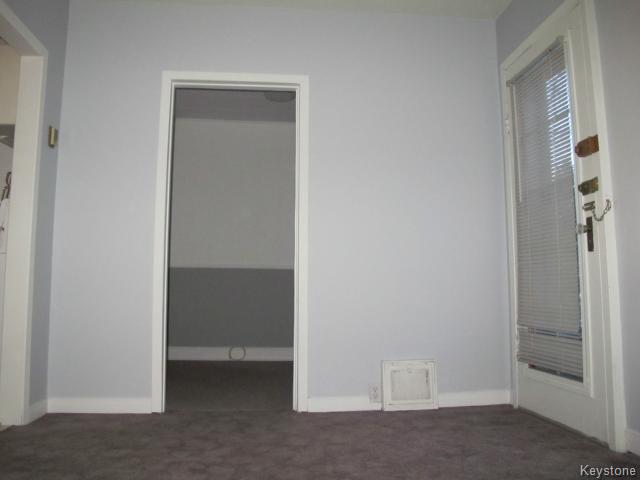 Photo 10: Photos:  in WINNIPEG: East Kildonan Residential for sale (North East Winnipeg)  : MLS®# 1502058