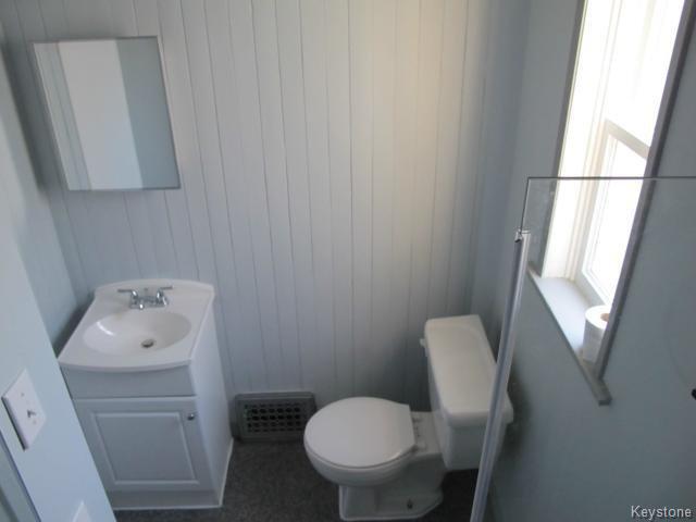 Photo 16: Photos:  in WINNIPEG: East Kildonan Residential for sale (North East Winnipeg)  : MLS®# 1502058