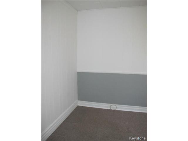Photo 12: Photos:  in WINNIPEG: East Kildonan Residential for sale (North East Winnipeg)  : MLS®# 1502058
