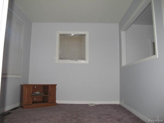 Photo 9: Photos:  in WINNIPEG: East Kildonan Residential for sale (North East Winnipeg)  : MLS®# 1502058