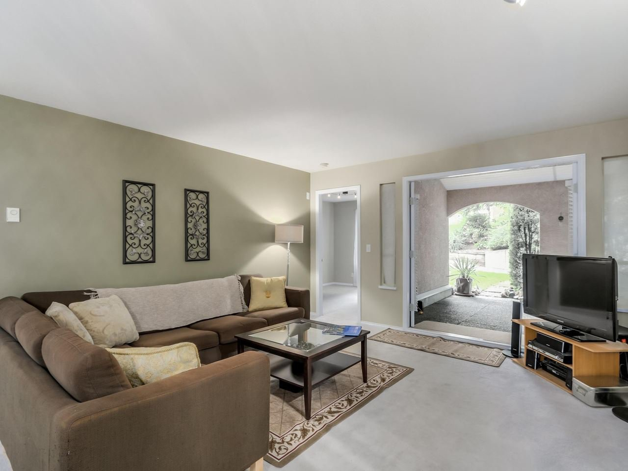 Photo 3: Photos: 107 515 WHITING Way in Coquitlam: Coquitlam West Condo for sale : MLS®# R2073119