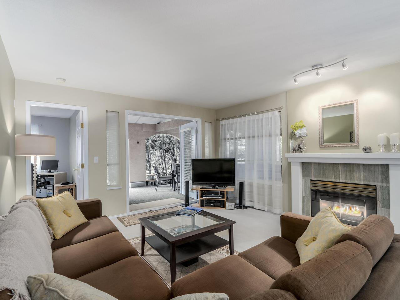 Photo 4: Photos: 107 515 WHITING Way in Coquitlam: Coquitlam West Condo for sale : MLS®# R2073119