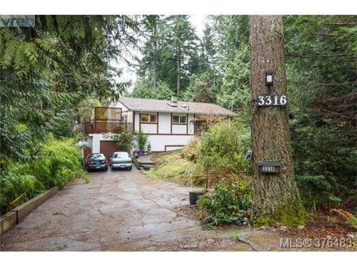Main Photo: 3316 Fulton Rd in VICTORIA: Co Triangle Single Family Detached for sale (Colwood)  : MLS®# 755827