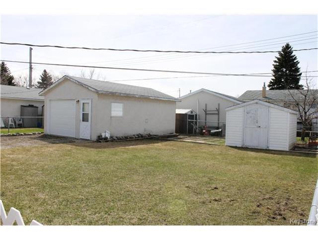 Photo 3: Photos: 85 Lochmoor Avenue in Winnipeg: Windsor Park Residential for sale (2G)  : MLS®# 1709029