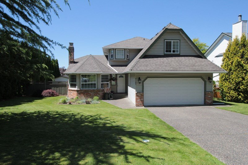 "Main Photo: 5143 219A Street in Langley: Murrayville House for sale in ""Murrayville"" : MLS®# R2182532"