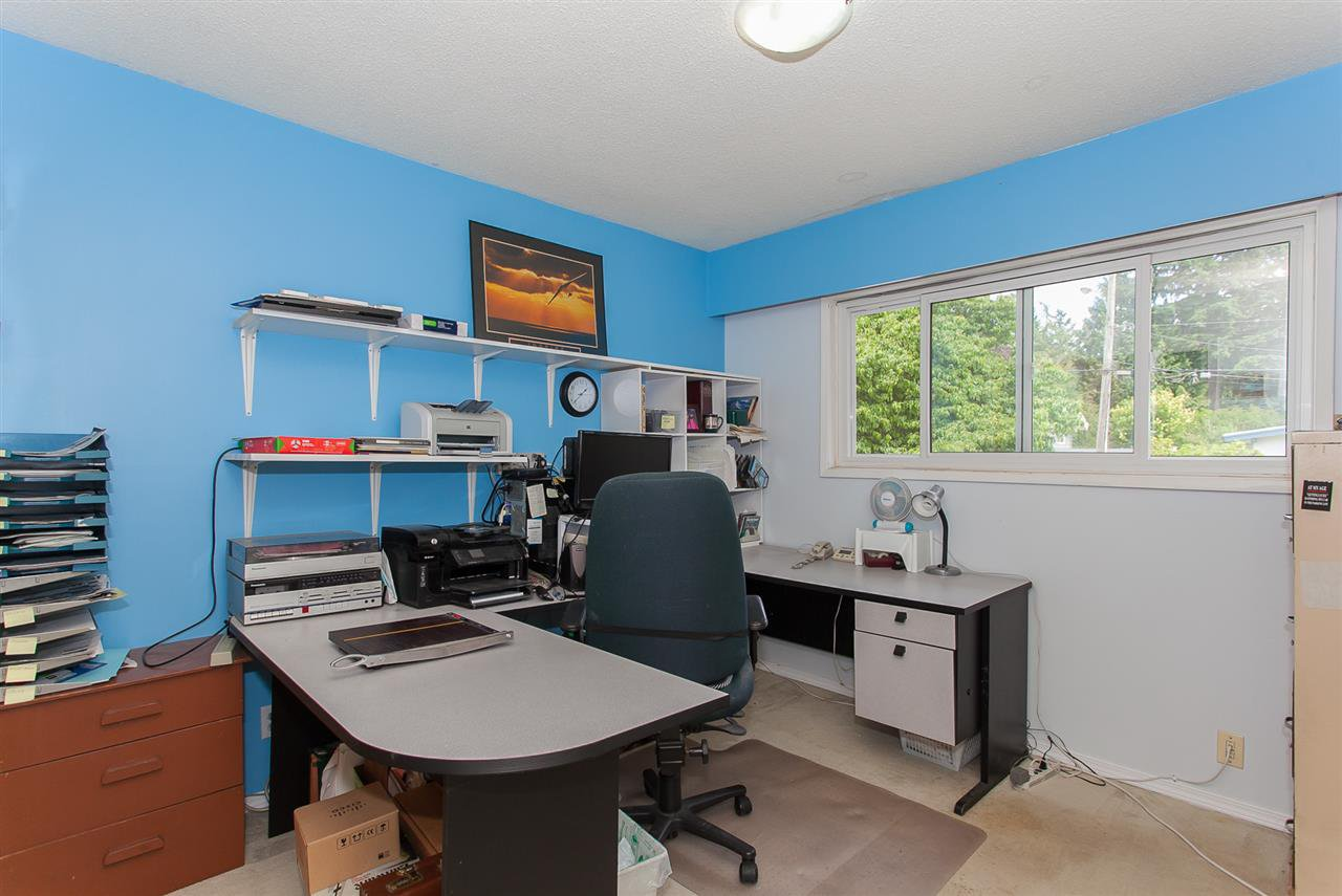 Photo 15: Photos: 2543 ALDERVIEW Street in Abbotsford: Central Abbotsford House for sale : MLS®# R2187032
