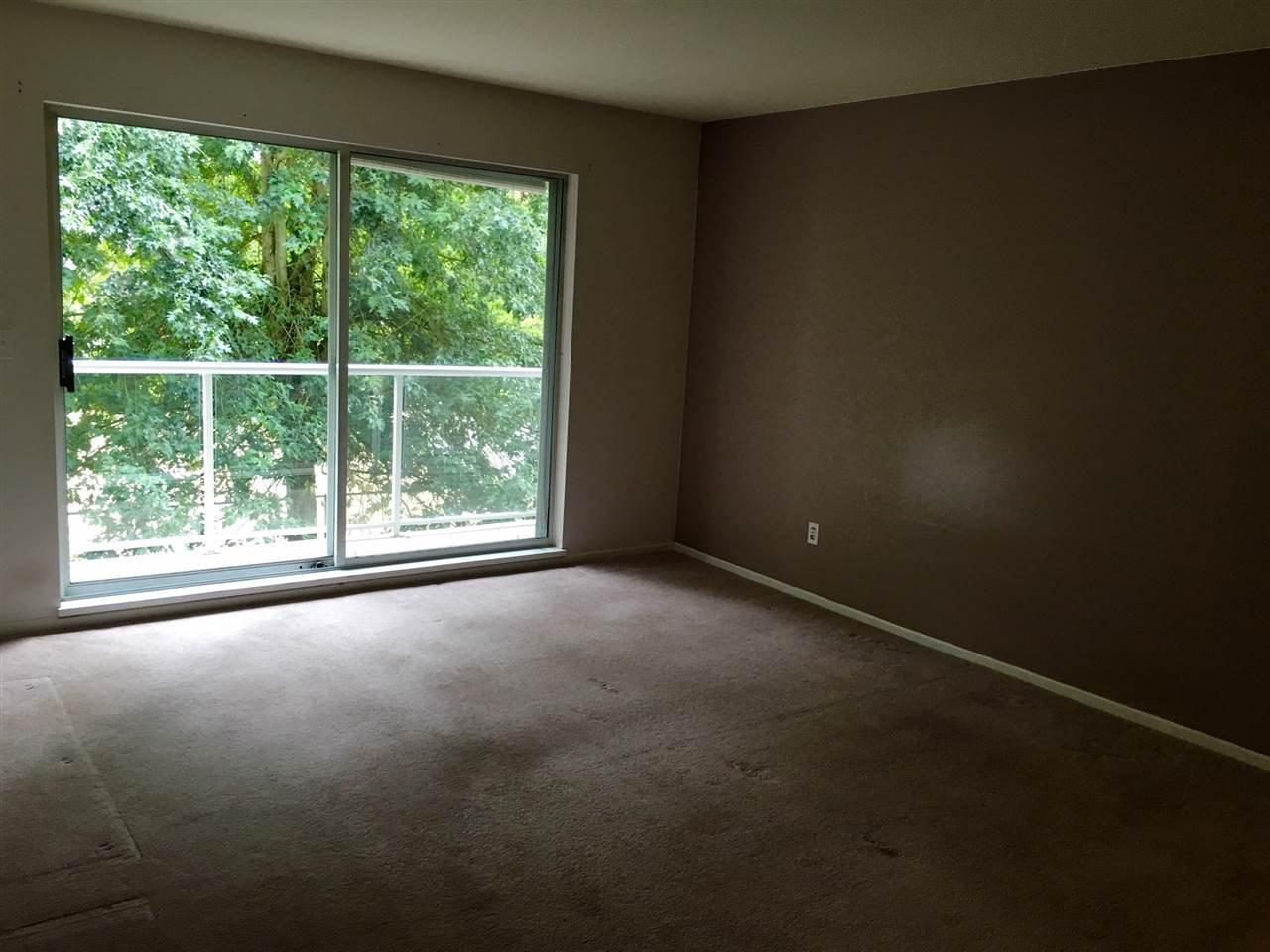 "Photo 9: Photos: 207 27358 32 Avenue in Langley: Aldergrove Langley Condo for sale in ""Willow Creek"" : MLS®# R2207746"
