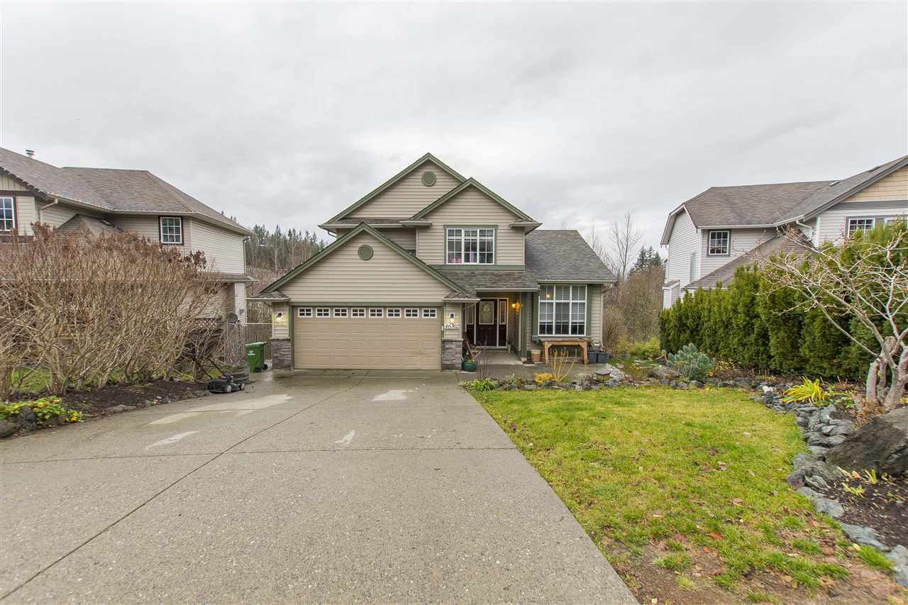 Main Photo: 46302 VALLEYVIEW Road in Sardis: Promontory House for sale : MLS®# R2224844