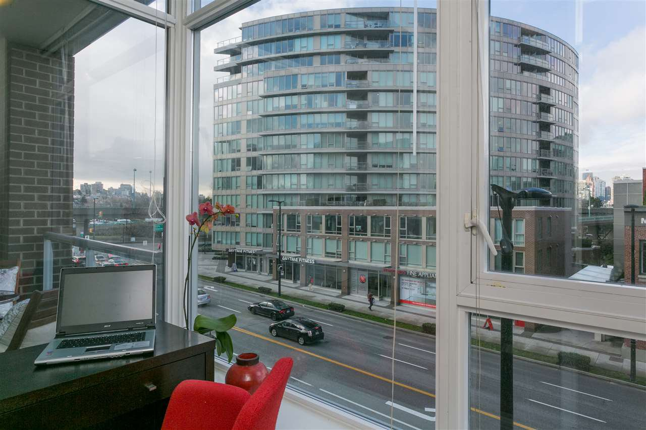 "Photo 4: Photos: 306 2055 YUKON Street in Vancouver: False Creek Condo for sale in ""MONTREUX"" (Vancouver West)  : MLS®# R2238988"