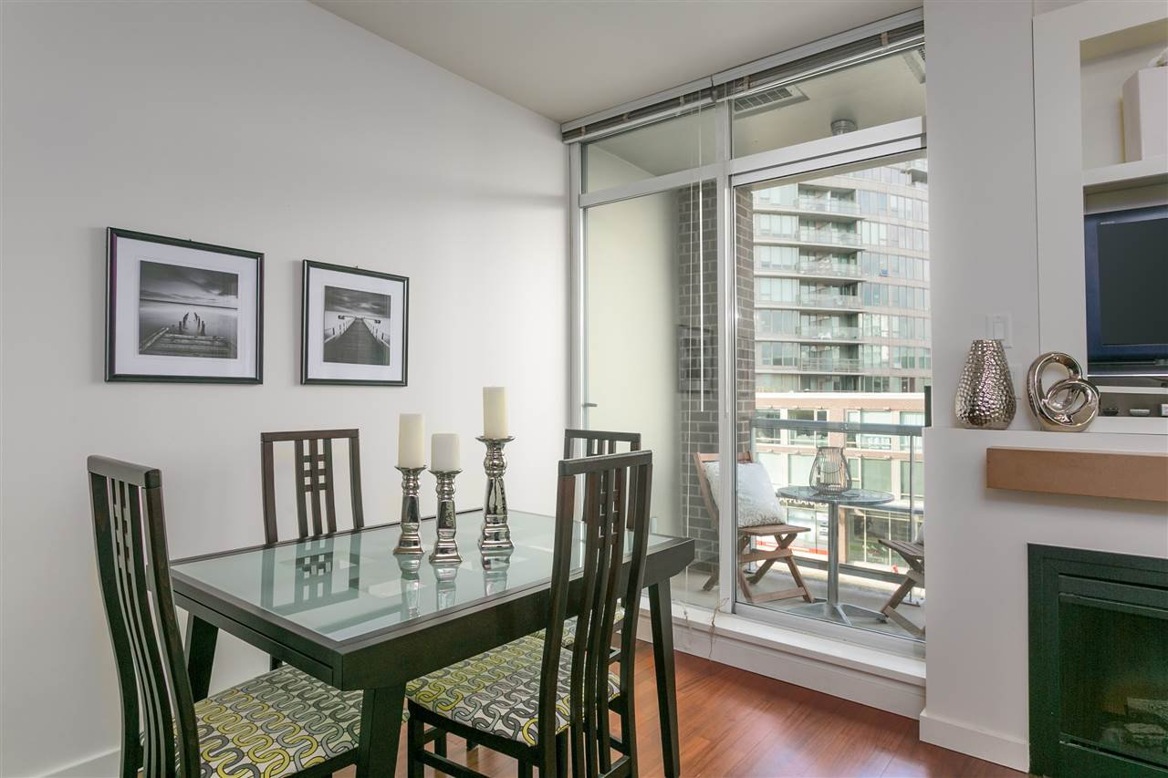 "Photo 8: Photos: 306 2055 YUKON Street in Vancouver: False Creek Condo for sale in ""MONTREUX"" (Vancouver West)  : MLS®# R2238988"