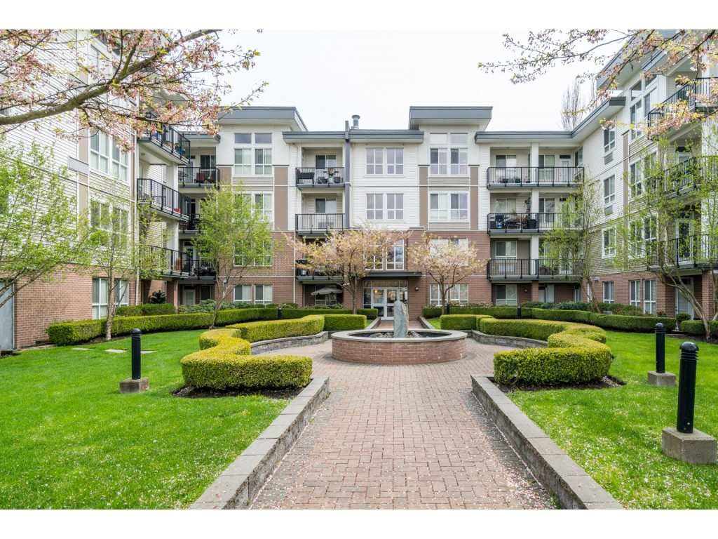 """Main Photo: 310 5430 201 Street in Langley: Langley City Condo for sale in """"SONNET"""" : MLS®# R2258657"""