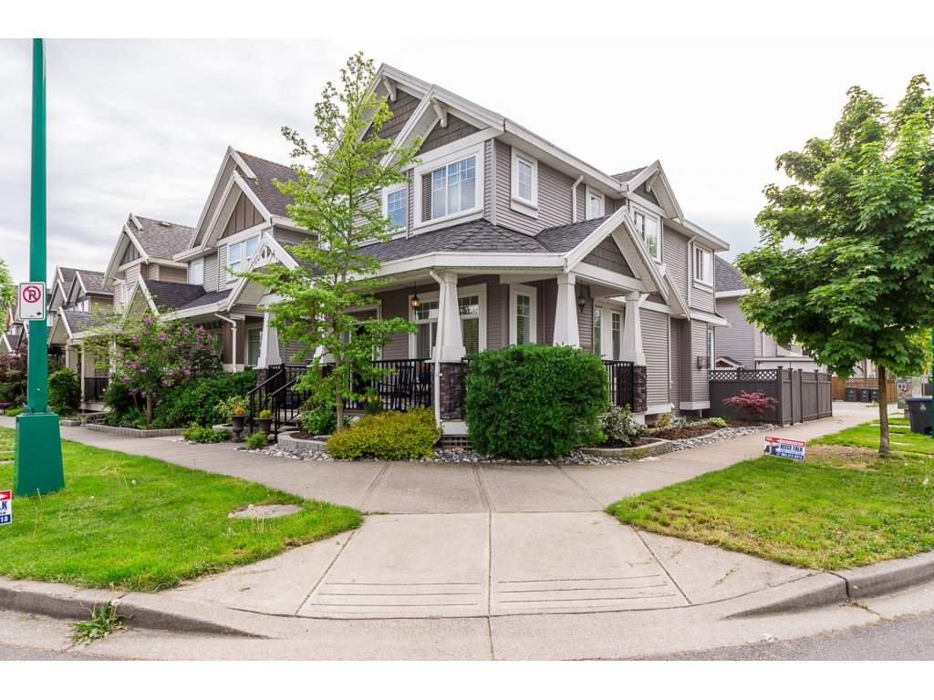 Main Photo: 7149 195A Street in Surrey: Clayton House for sale (Cloverdale)  : MLS®# R2265239