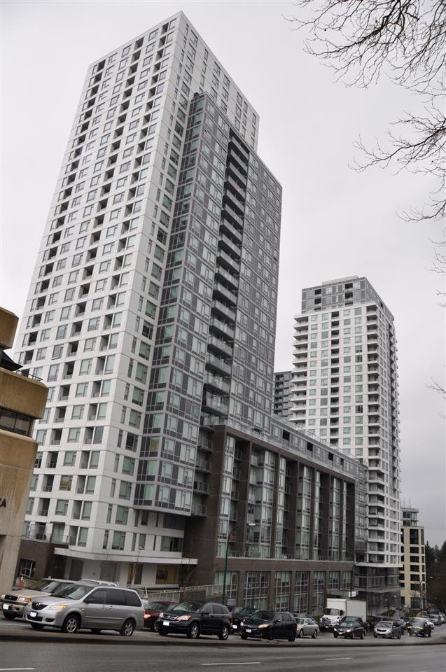Main Photo: 718 5665 BOUNDARY Road in Vancouver: Collingwood VE Condo for sale (Vancouver East)  : MLS®# R2266846