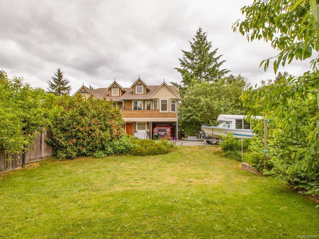 Main Photo: 3161 Golab Pl in DUNCAN: Du West Duncan Half Duplex for sale (Duncan)  : MLS®# 789481