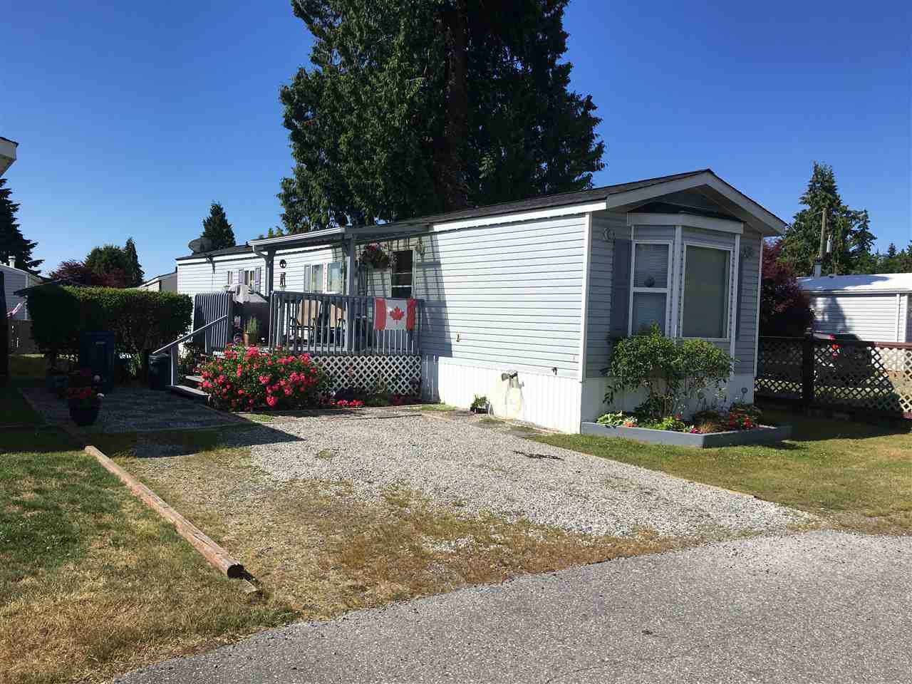 "Main Photo: 24 5575 MASON Road in Sechelt: Sechelt District Manufactured Home for sale in ""R5"" (Sunshine Coast)  : MLS®# R2283764"
